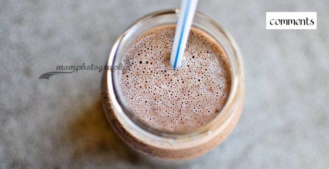 Almond milk dark chocolate peanut butter smoothie
